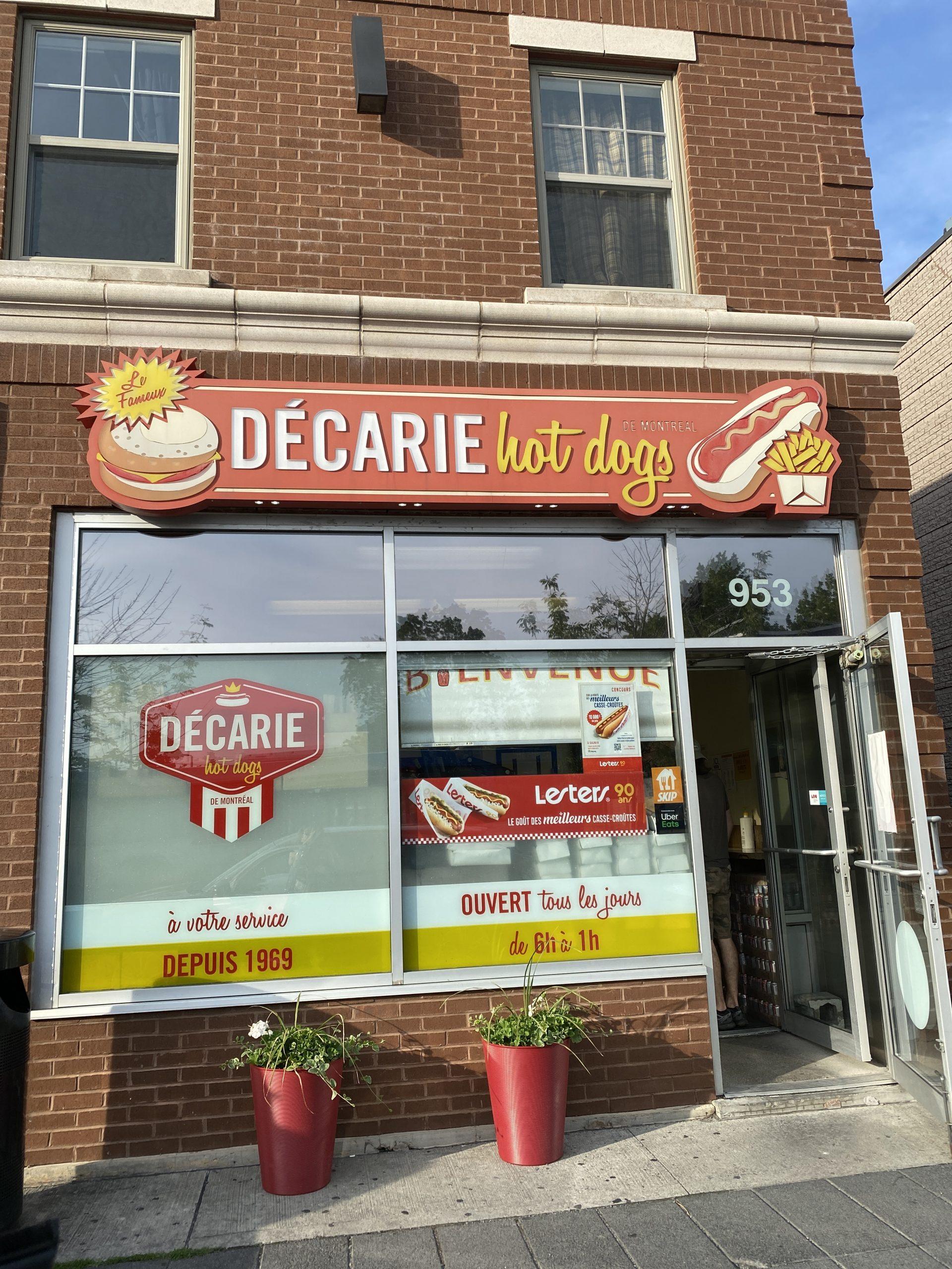 Décarie hot-dogs